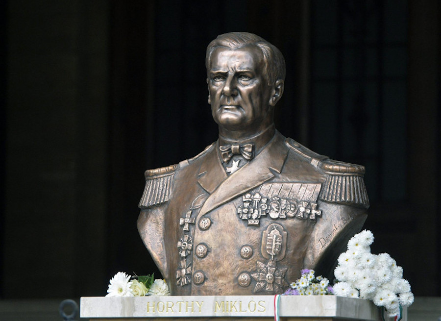Hungarian Opinion: Admiral Horthy's Bust Defaced In Budapest