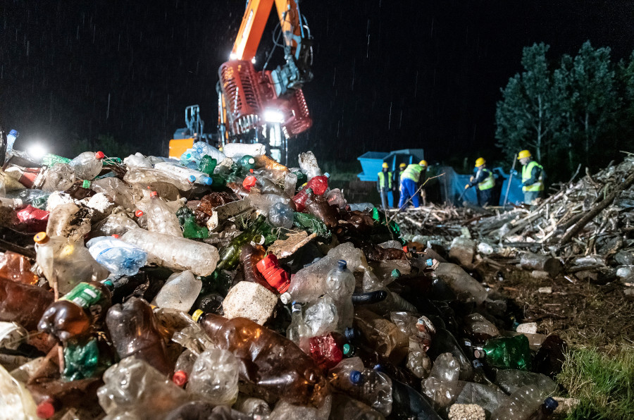 Hungarian President Writes To Ukraine, Romania Counterparts Over River Waste