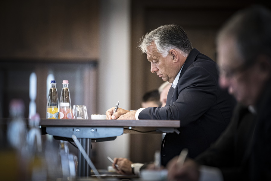PM Orbán: Further Covid-19 Restrictive Measures Needed