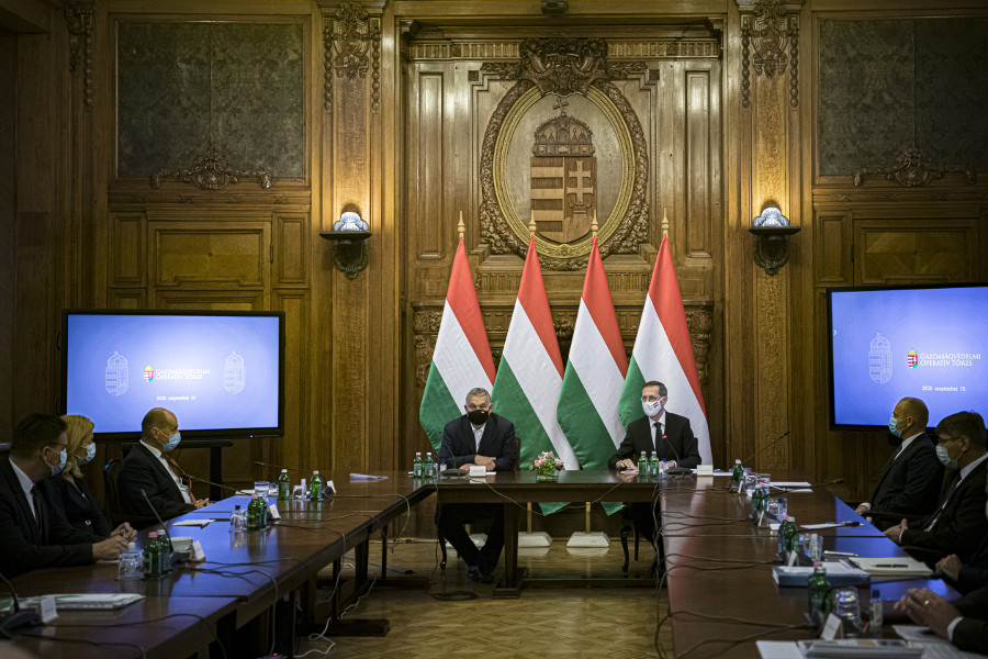 Hungary To Introduce Further Economy Protection Measures, 3 Scenarios Projected