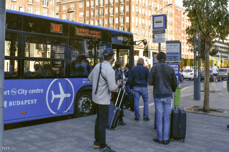 Budapest's Transport Authority Sued Over Selling Airport Bus Tickets