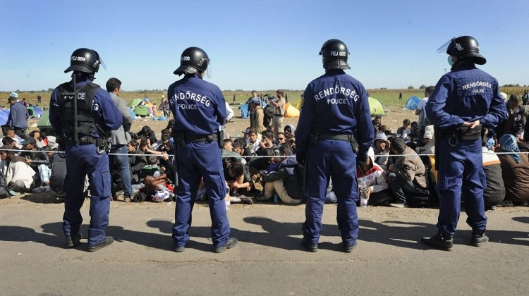 Refugees Throw Stones At Police At Hungarian Border