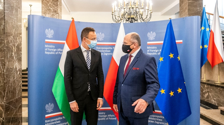 Foreign Minister: Hungary, Poland 'Won't Be Blackmailed' Over EU Funds