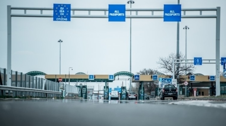 Border Crossing With Slovakia Opens At Tornanádaska