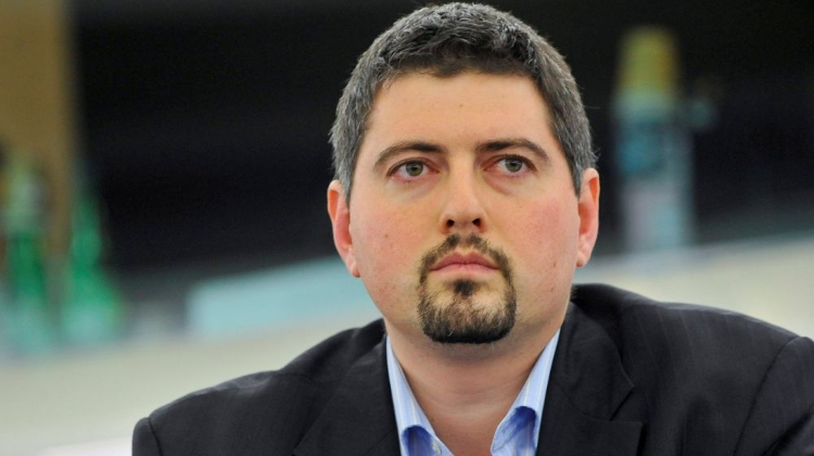 Former Jobbik MEP In Hungary Charged With Fraud