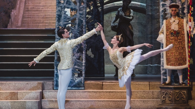 Xmas Gift From Budapest Opera: Nutcracker Live Performance For Free On 24 December