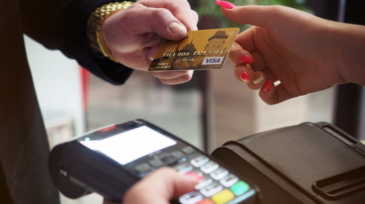 Electronic Payments Dramatically More Popular In Hungary