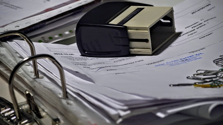 Important Tax Office Deadline Approaching About Providing Invoices Online