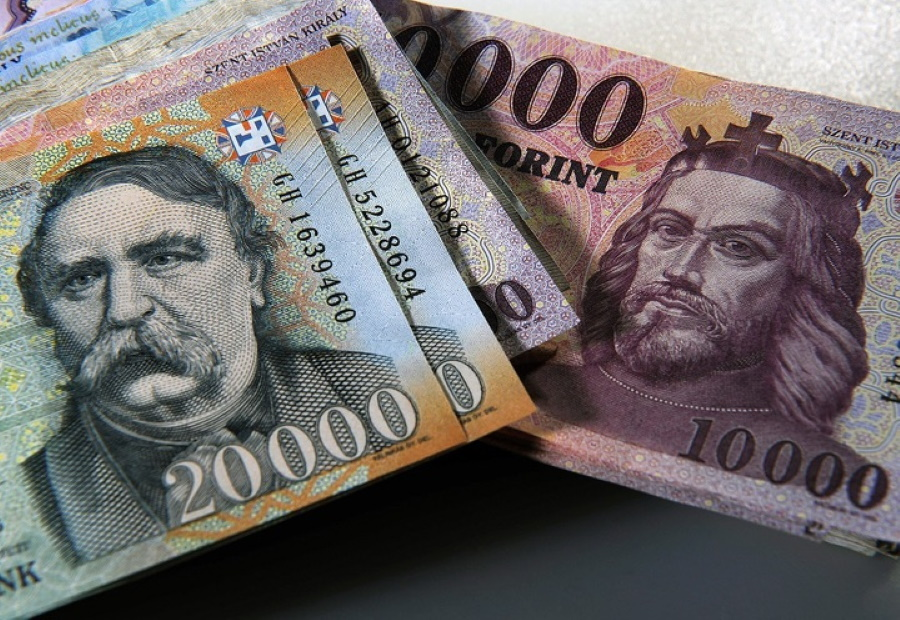 Cash In Circulation Reaches Nearly HUF 7 Trillion In Hungary