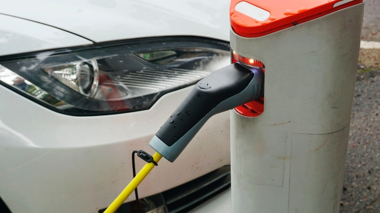 Free E-Mobi Car Charging Ends In Hungary