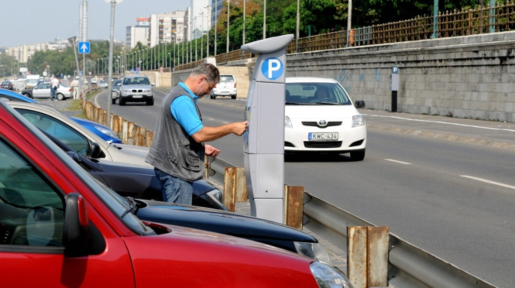 Mayor Proposes Progressive Parking Fee System For Downtown Budapest