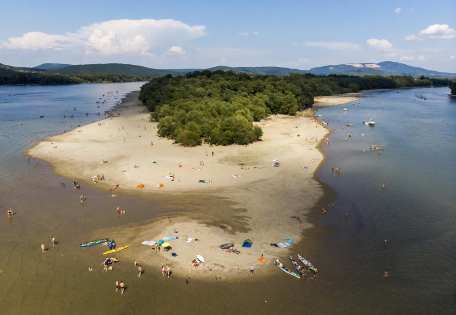 Quick Guide To Best Public Beaches Near Budapest