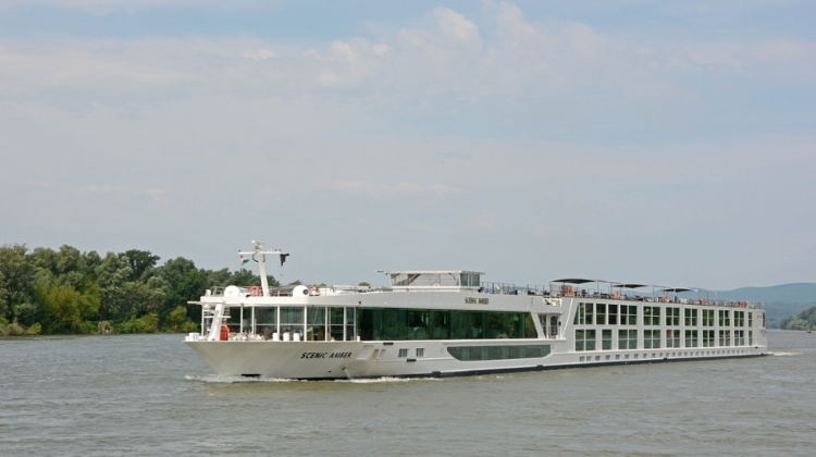 Big Cruise Boats Seen Back On Danube