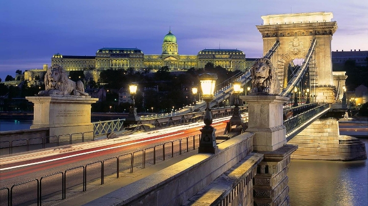 BKK Commissions Transparency International To Monitor Renovation Of Chain Bridge