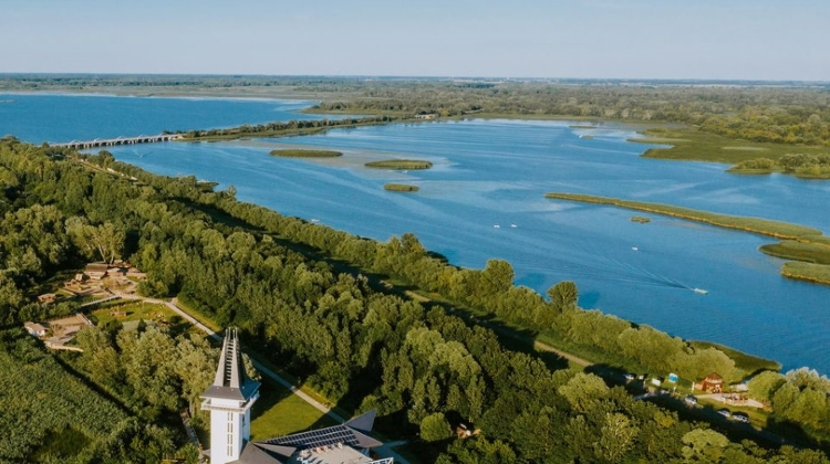 Xploring Hungary Video: Lake Tisza