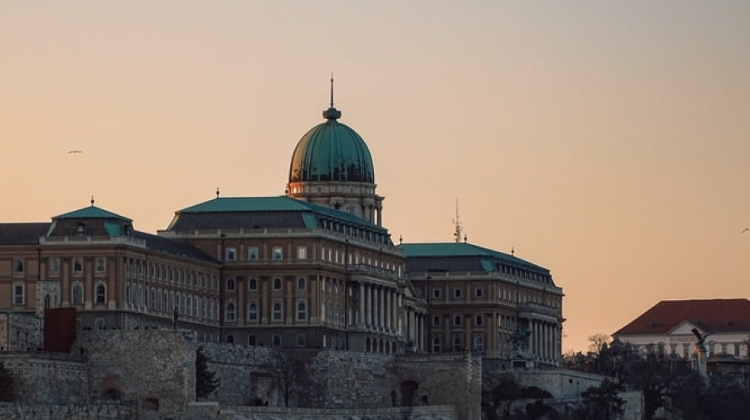 Xploring Budapest Video: Charming Castle District