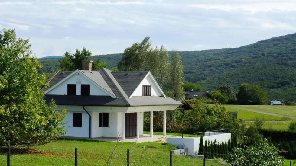 Extended Home Office Ignites Rural Rental Demand In Hungary