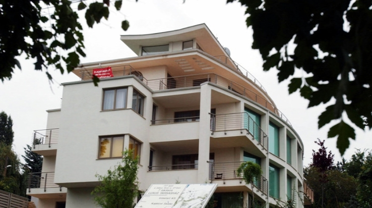 Budapest Home Prices Drop