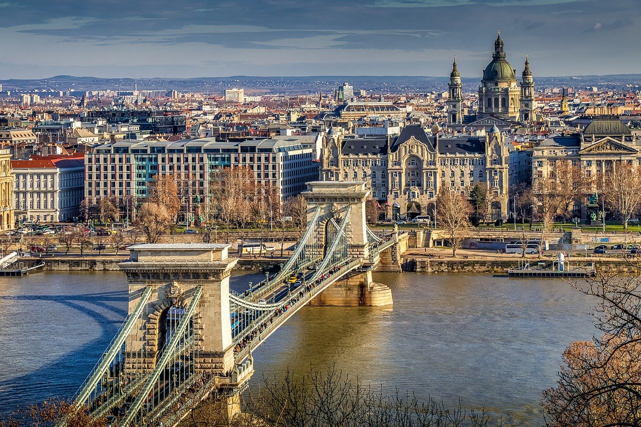 Foreign Investors Vanishing From Hungary's Real Estate Market