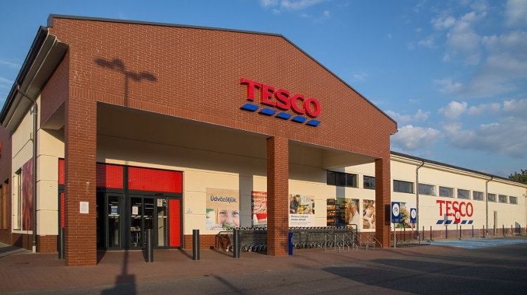 Tesco Hungary Limits Number Of Customers In Shops For Safety