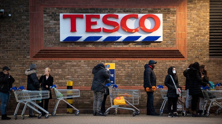 Tesco Limits Number Of Customers In Hungarian Shops
