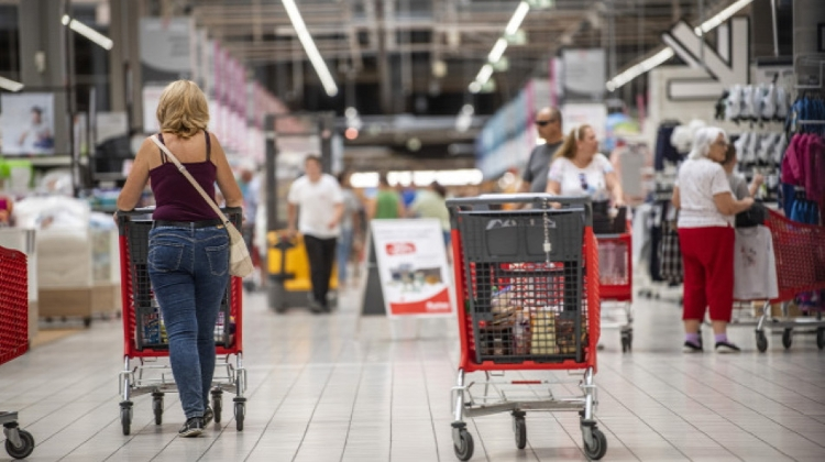 Auchan Prefers Self-Service Cash Registers In Hungary