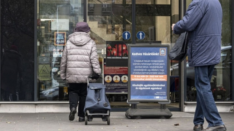 Elderly Shopping Time May Be Cancelled In Hungary