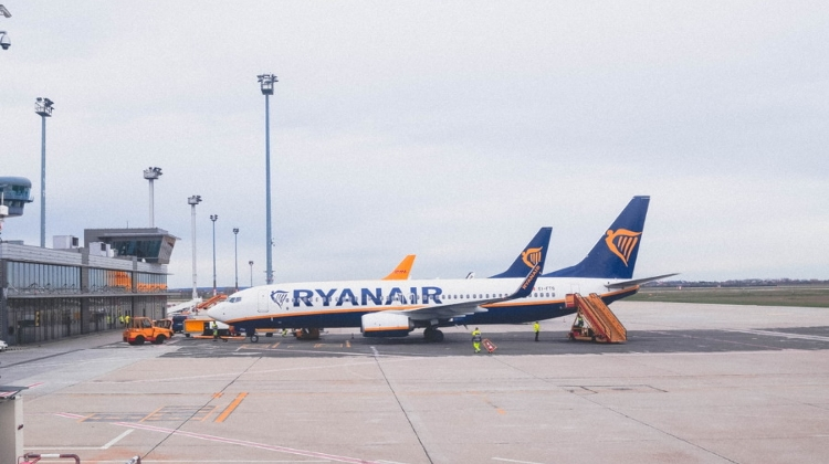 Hungary To Investigate Long Ryanair Flight Delay