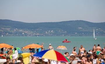 Majority Of Hungarians 'Cautious' When Planning Holiday