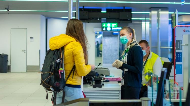 Coronavirus: Testing Center Opens At Budapest Airport