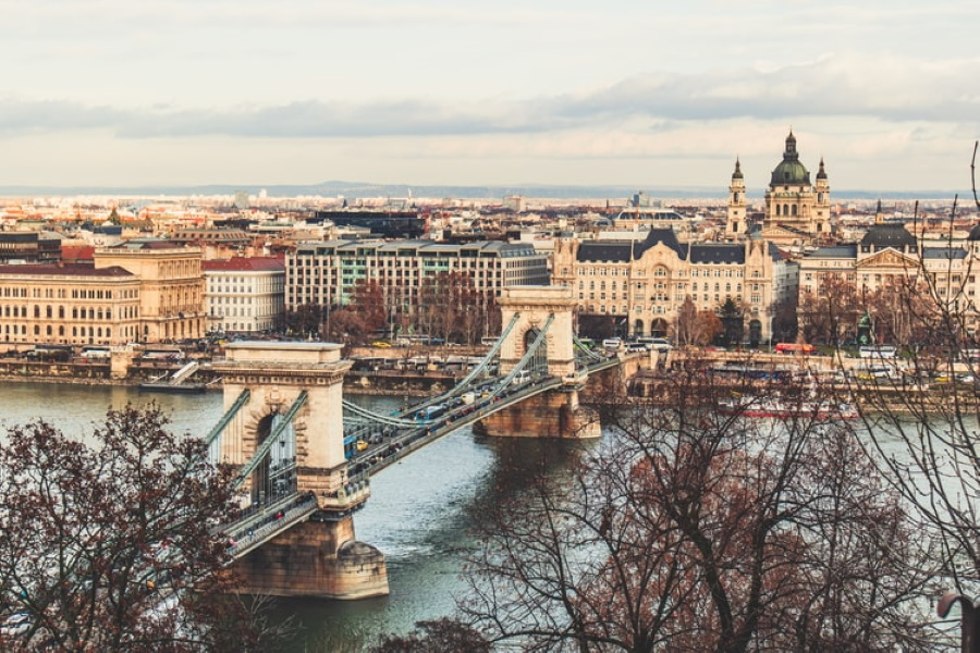 Vote For Budapest At 2020 Bridgehunter Awards