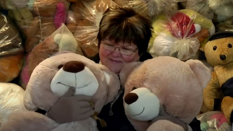 Watch: Hungary's Record-Breaking 'Teddy Bear Mama'