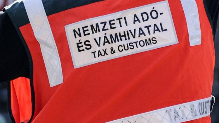 Billion-Forint VAT Fraud Investigation Launched By Tax Authority