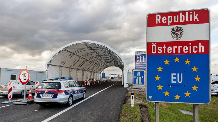 EU Tells Hungary To Ease Border Controls
