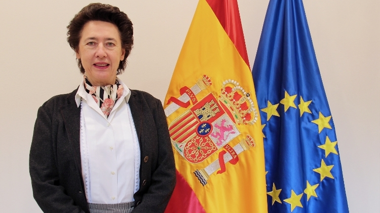 Interview 2: Anunciada Fernández de Córdova, Ambassador of Spain to Hungary