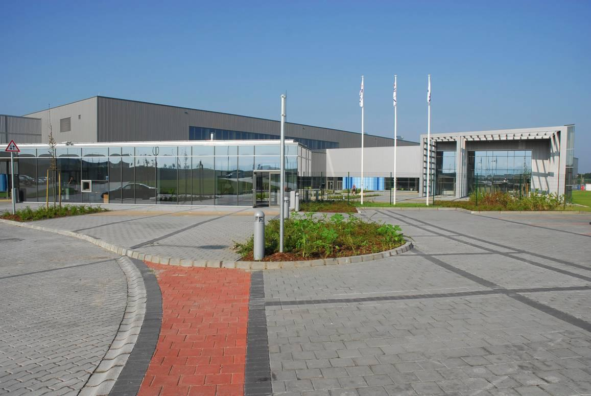 BD Celebrates Opening Of New Manufacturing Facility In Tatabánya, Hungary