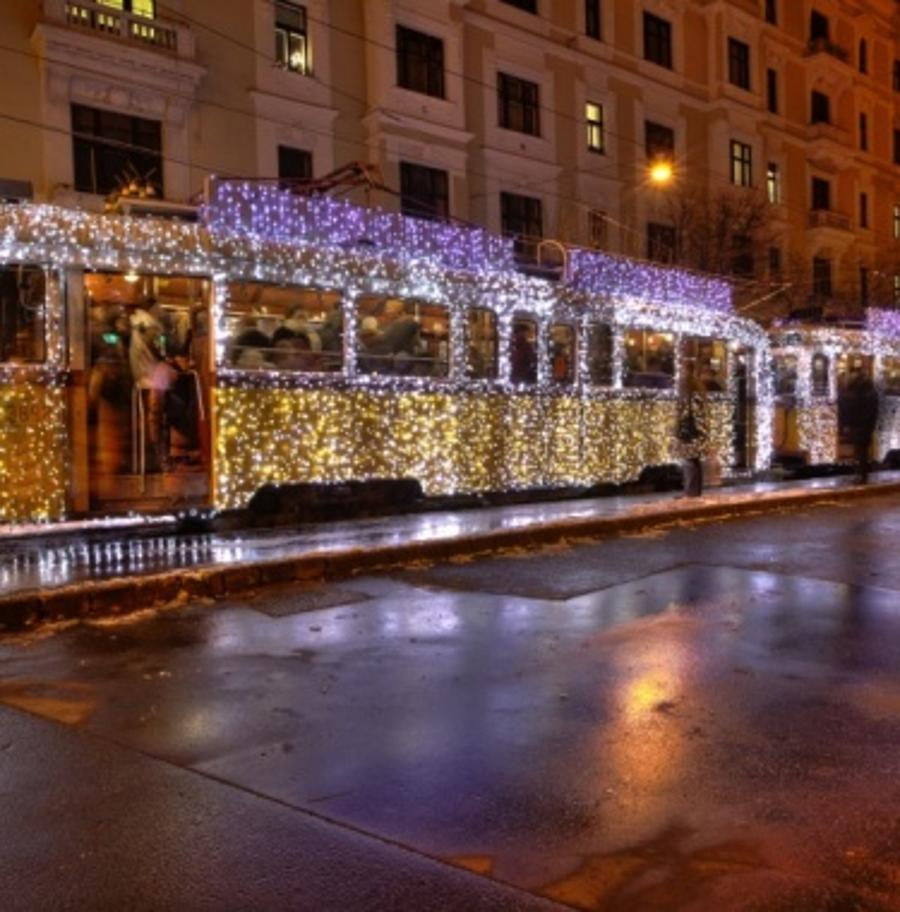 Xmas Fairy Tales Tour In Budapest This December