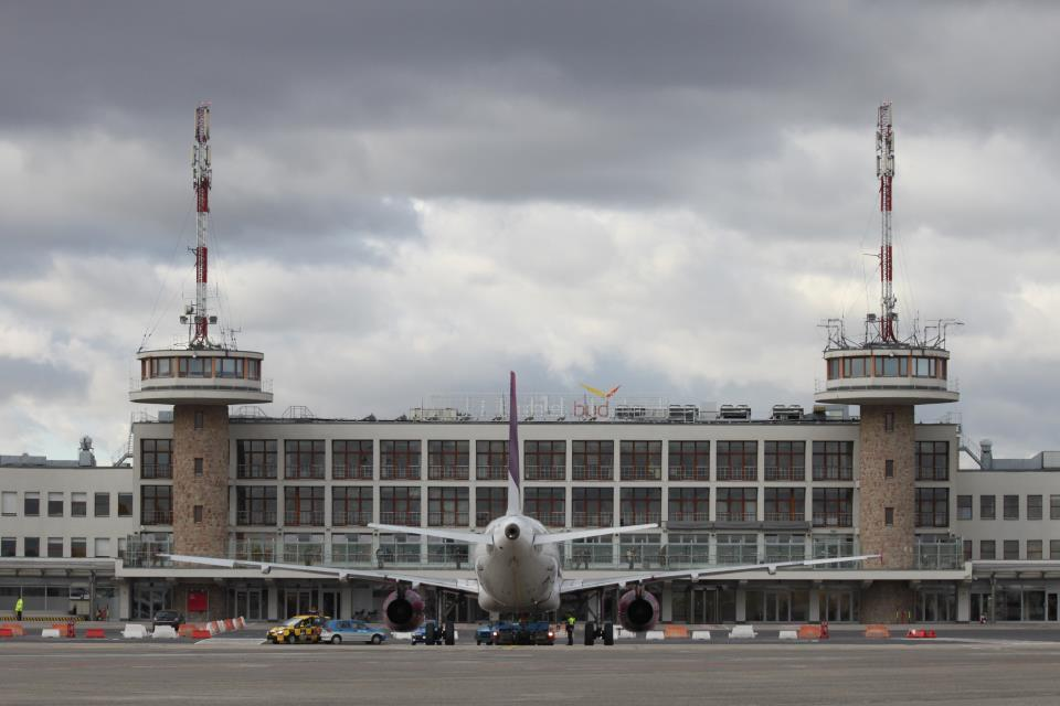 FT: Ryanair vs Budapest: Playing Dirty? Hungarian Airport Response