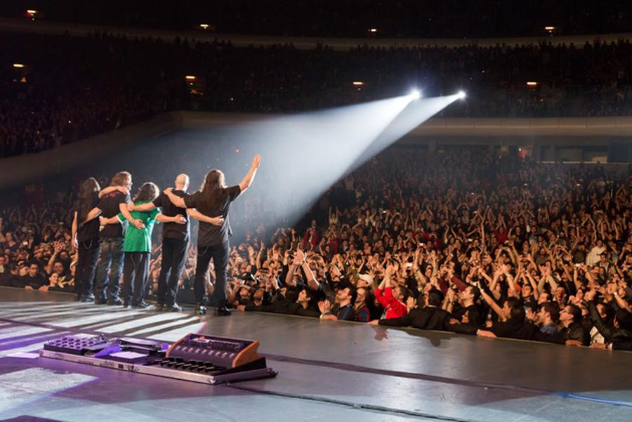 Video: Dream Theater In Budapest, 17 February