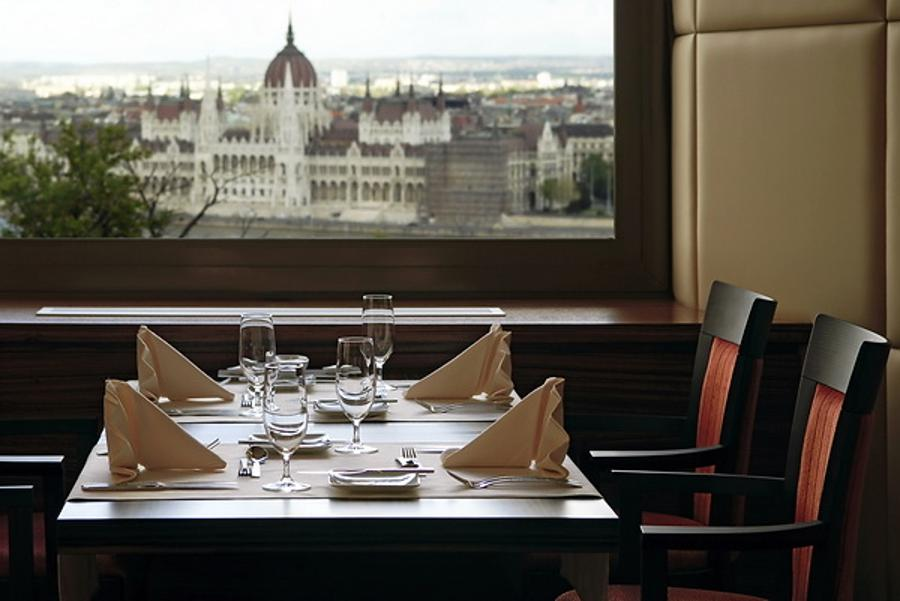 Welcome To Icon Restaurant In Hilton Budapest