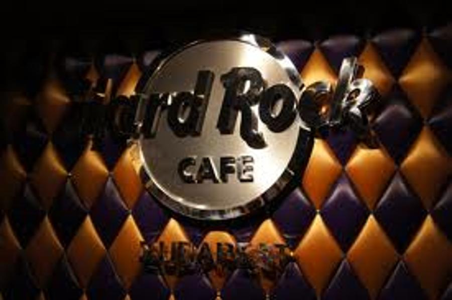 Hard Rock Café A Hit In Budapest / Exclusive Photos