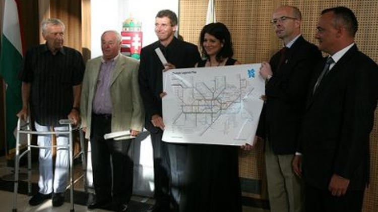 Hungarian Olympic Legends Receive Special London Underground Map