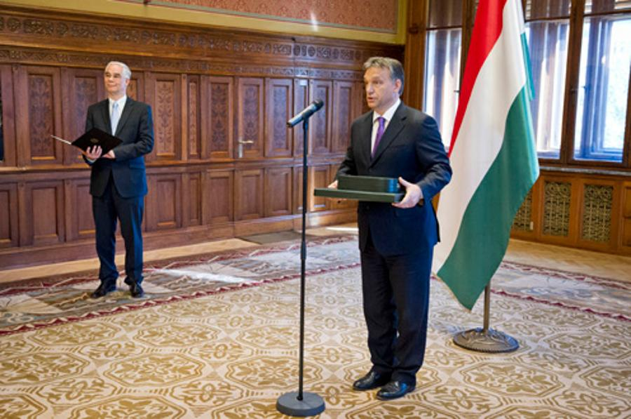 PM Orbán Presents Bernhard Vogel With The Grand Cross Of The Order Of Merit Of Hungary