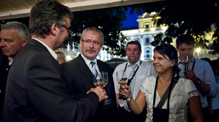 21st Budavár Wine Festival Gets Off To A Popping Start