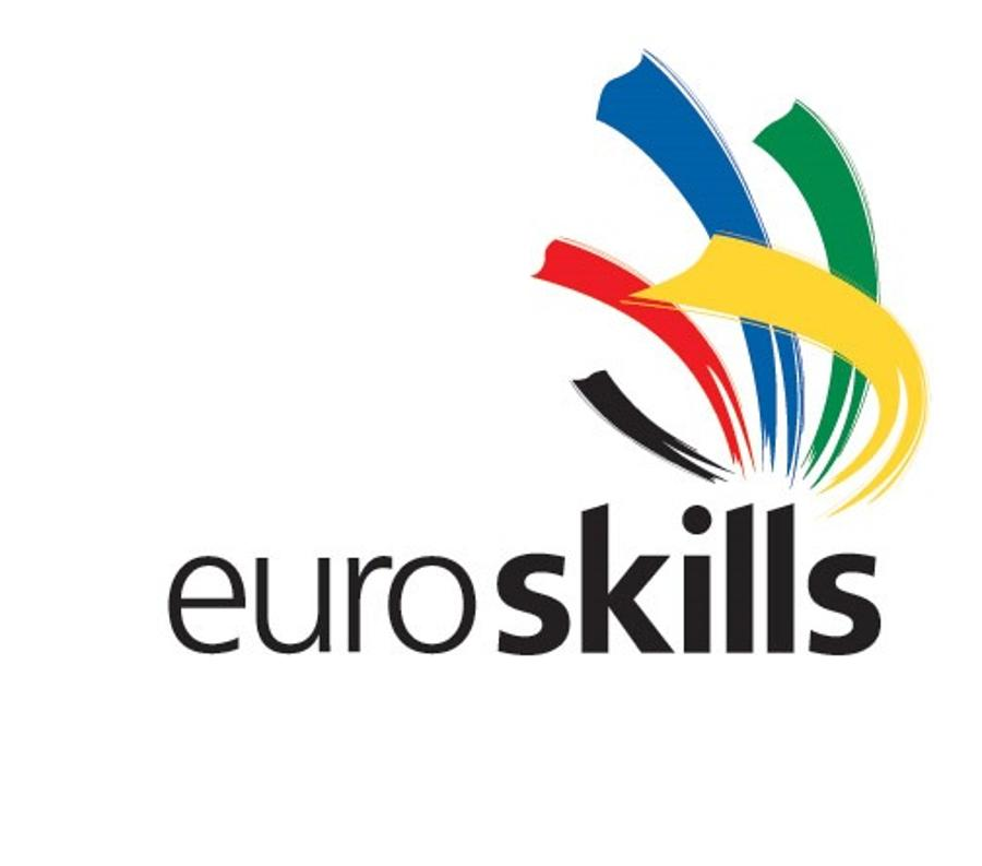 PM Received The Successful Hungarian EuroSkills 2012 Team