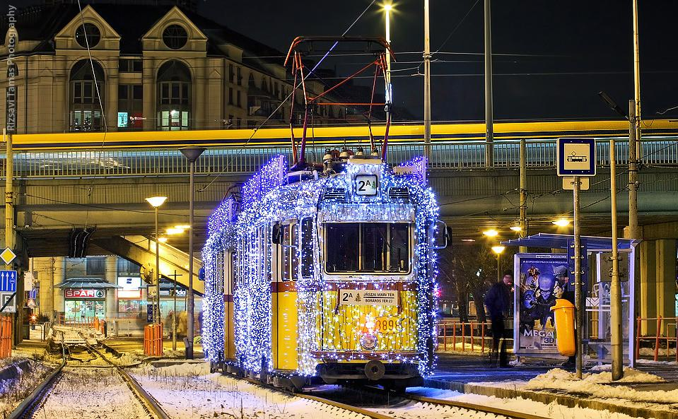 Public Transportation In Budapest During The Holiday Season