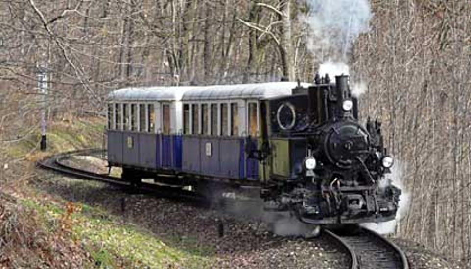 Useful Information On Steam Engine Services In Budapest In January