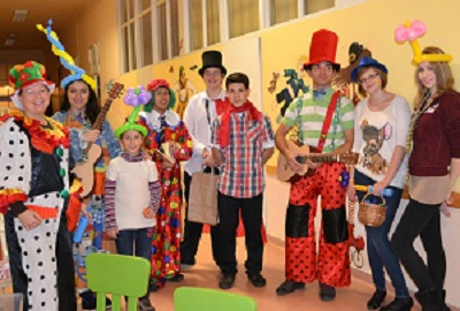 Duke Of Edinburgh's International Award Participants Help Charity In Budapest