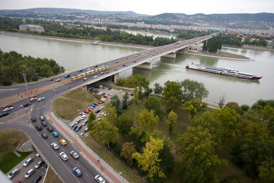 New Smart Traffic Management System Improves Traffic Flow In Budapest