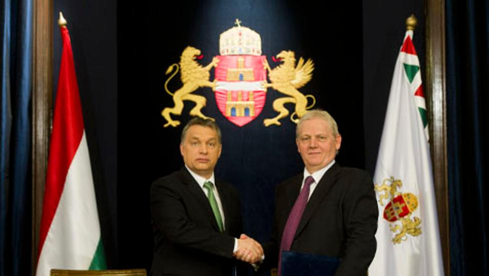 Hungary's PM Orbán & Budapest Mayor Tarlós Sign Agreement